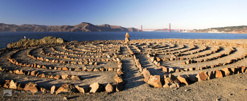 lands-end-labyrinth-at-sunset-with-the-golden-gate-bridge.jpg