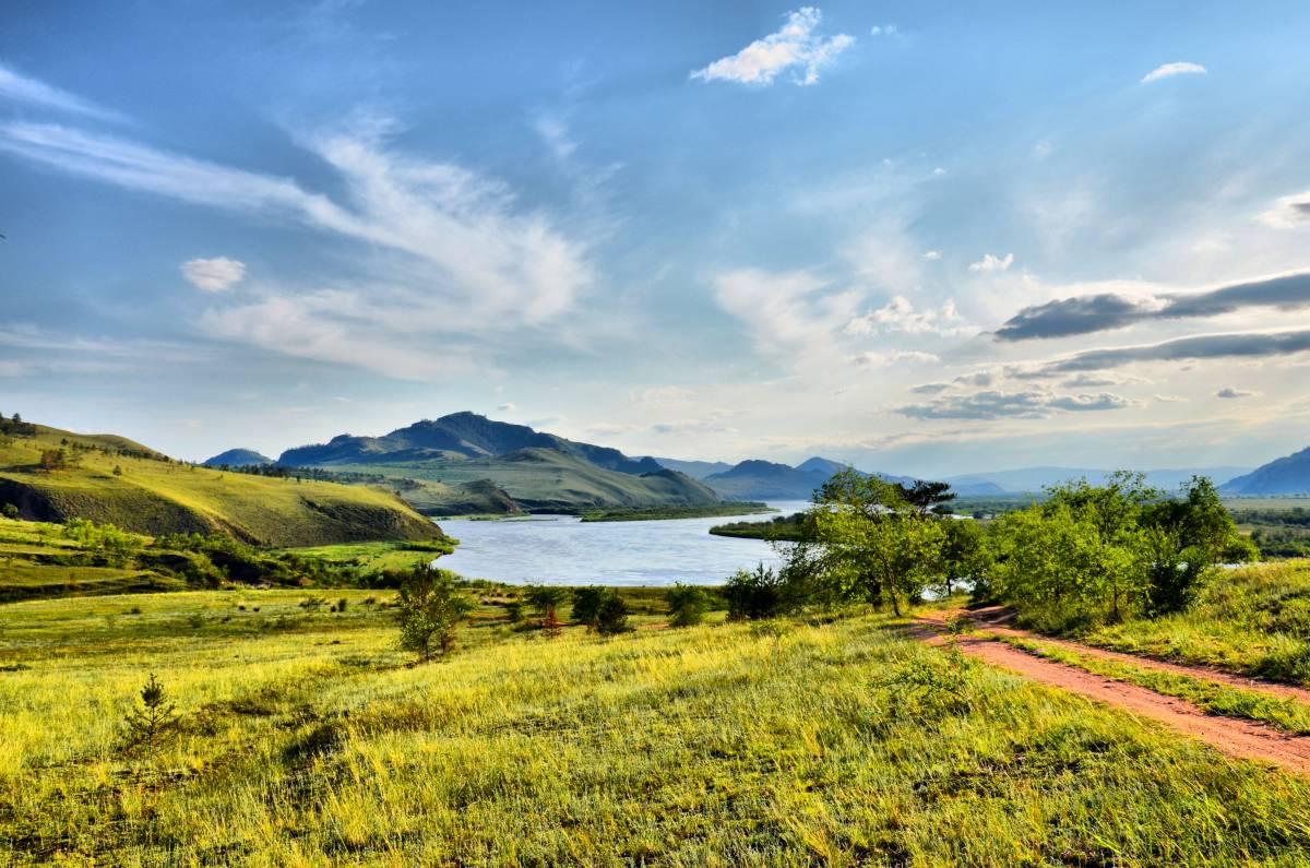 Красивая природа вокруг озера Байкал