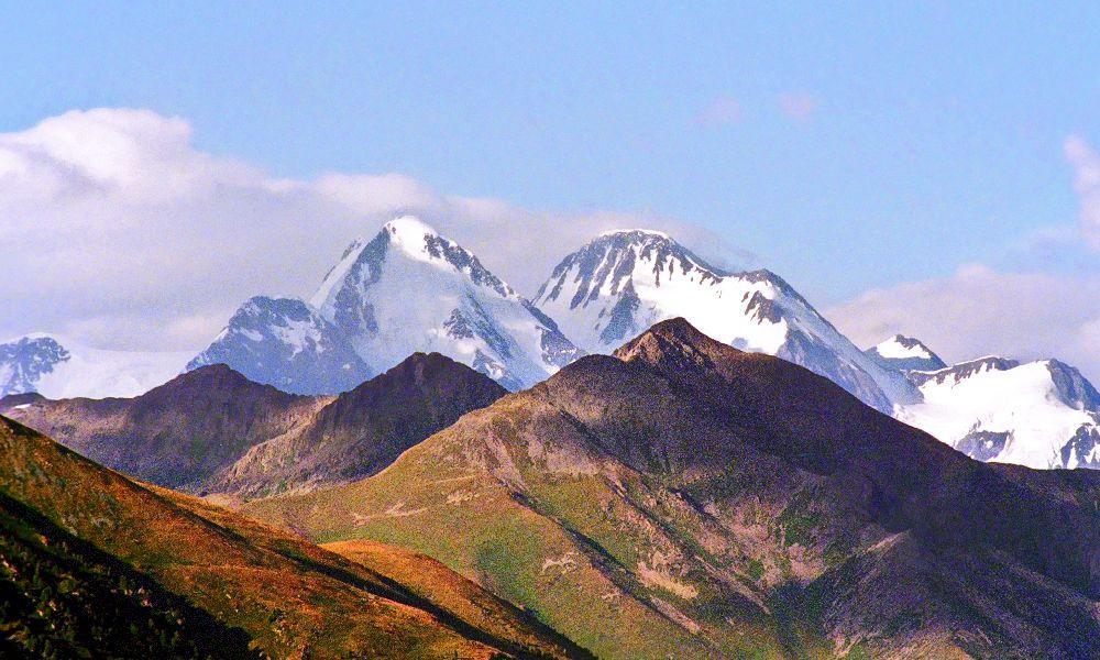 Гора Белуха на Алтае. Снято со стороны Казахстана