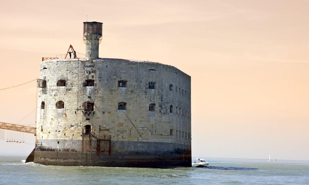 Форт Боярд Франция