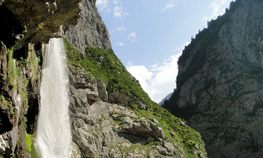 Гегский водопад где находитсяГегский водопад где находится
