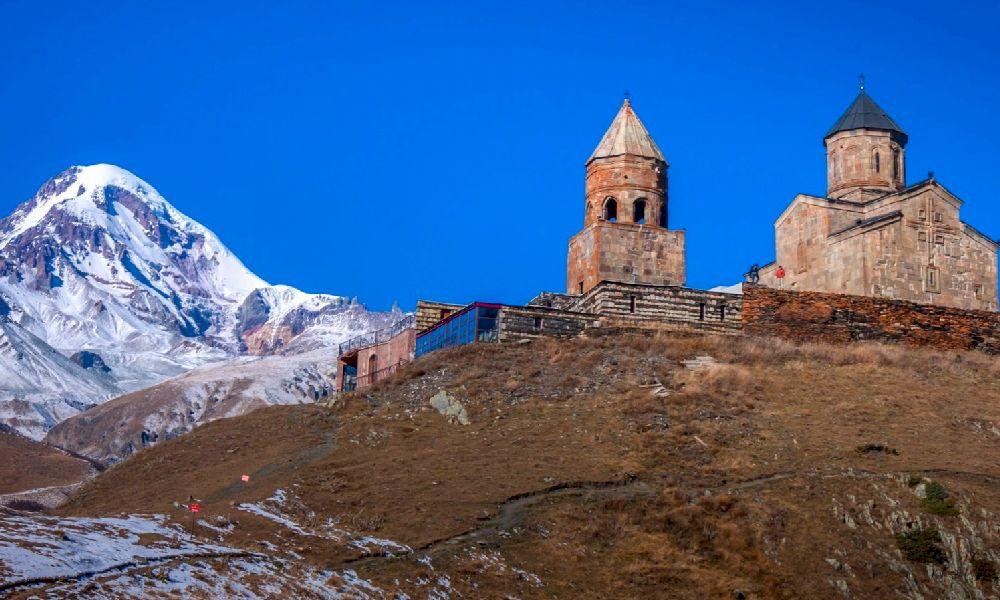 горы России Казбек