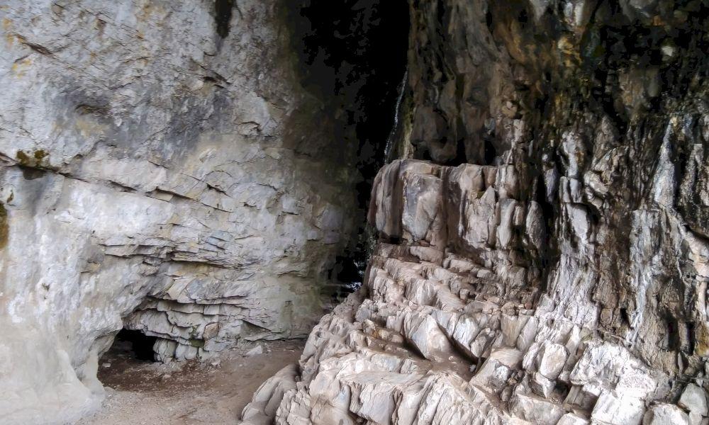 Тавдинские пещеры самостоятельно на машине